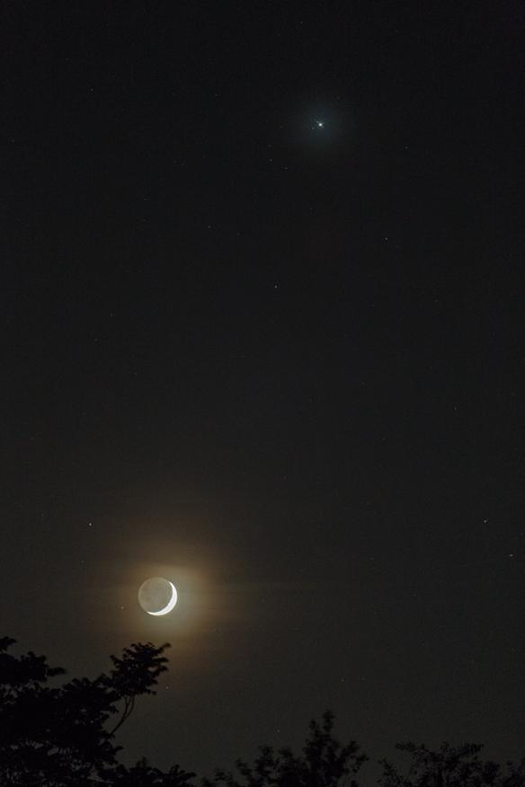 Crescent-Moon-Jupiter